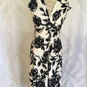 Lovely Evan picone floral black white dress